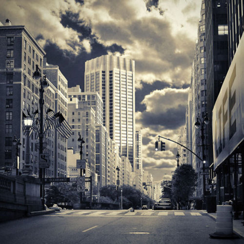 New York City by Oleg Lugovskoy
