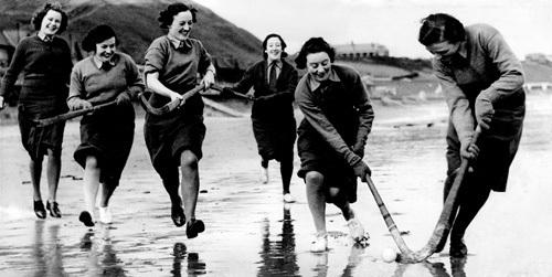 ATS hockey players, 1940 by Mirrorpix