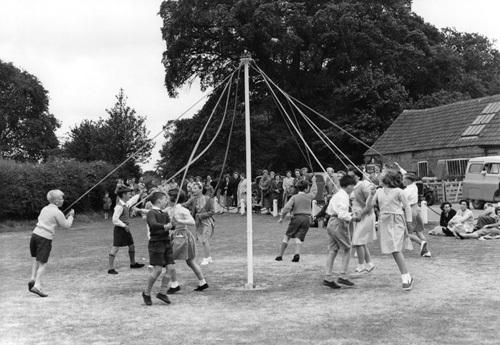 Maypole dancing, Berkshire 1959 by Mirrorpix