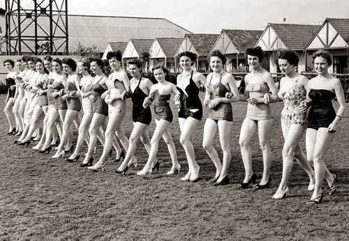 Holiday Princess beauty contest, 1954 by Mirrorpix