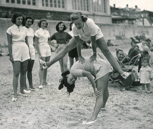 Chorus girls on beach, Clacton 1952 by Mirrorpix