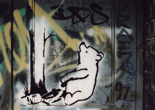 Pooh Bear-trap by Street Art
