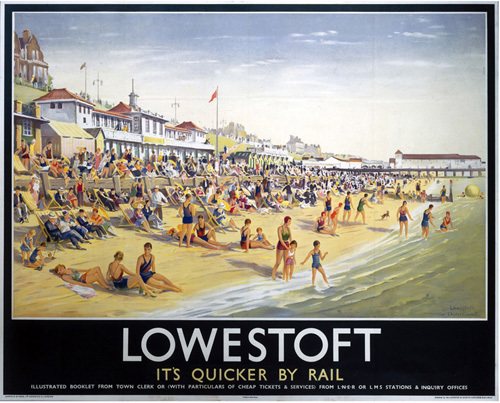 Lowestoft - Beach and Pier by National Railway Museum