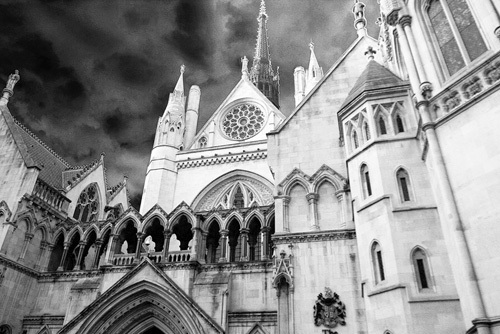 Royal Courts of Justice by Panorama London