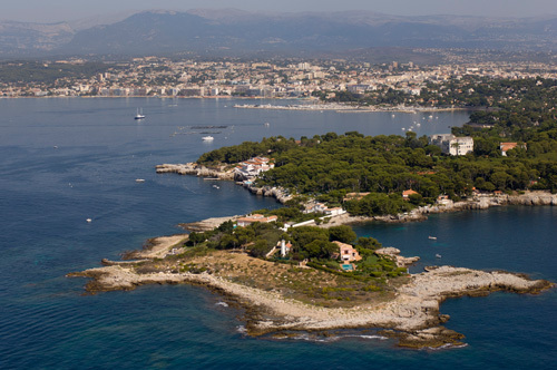 Cap d'Antibes from the air, Cote d'Azur, France by Sergio Pitamitz