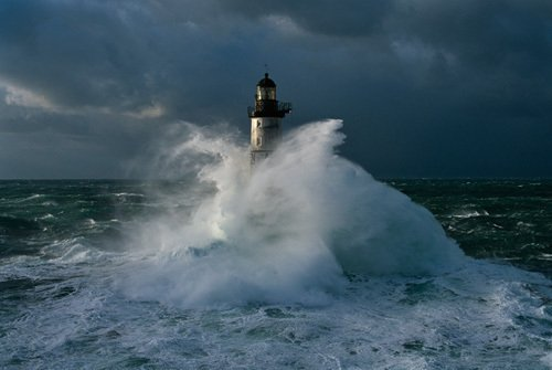 Phare d'Armen II by Jean Guichard