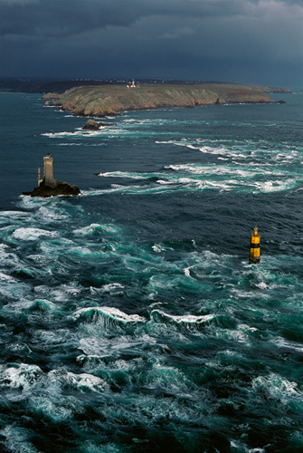 Phare de La Vieille II by Jean Guichard