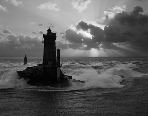 Phare de La Vieille by Jean Guichard