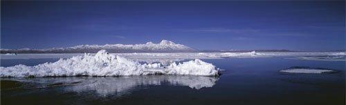 Manasarowar Lake, Western Tibet by Davide Camisasca