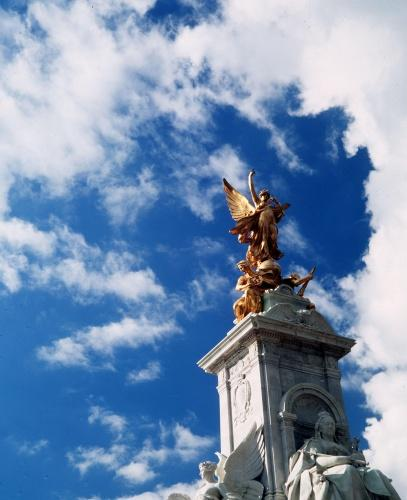 Victoria Monument outside Buckingham Palace in London by Mirrorpix