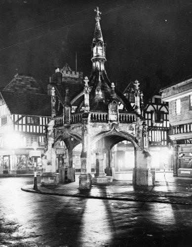 Salisbury Scenes by Mirrorpix