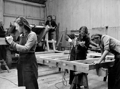 Girls make farm wagons at Court Yeldham in Essex by Mirrorpix