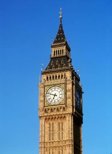 Big Ben by Mirrorpix