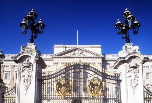 Buckingham Palace, London by Mirrorpix