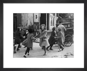 Dancing to a barrel organ, London 1941 by Mirrorpix