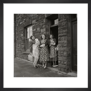 Women on doorstep, 1950s by Mirrorpix