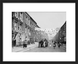 Silver Jubilee street party, Finsbury 1935 by Mirrorpix