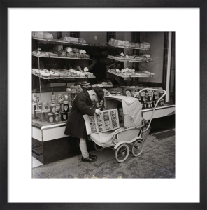 Outside the bakers, Stratford upon Avon 1954 by Mirrorpix