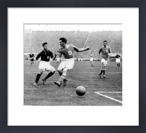 FA Cup Final, Cardiff v Arsenal 1927 by Mirrorpix