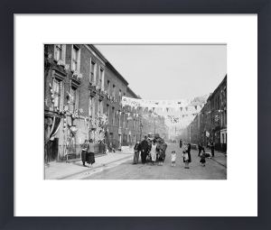 Silver Jubilee street party, Finsbury 1935 by Mirrorpix
