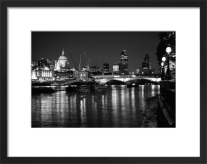 St Pauls and Thames by Panorama London