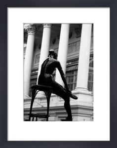 Ballerina (B&W) by Panorama London