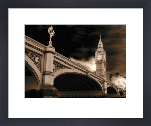 Under Westminster Bridge 2 by Panorama London