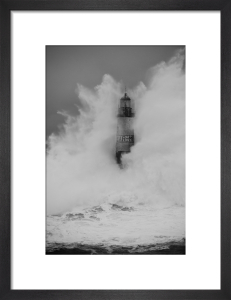 Phare d'Armen - Wave IV by Jean Guichard