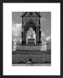 Pedal power, Albert Memorial by Niki Gorick