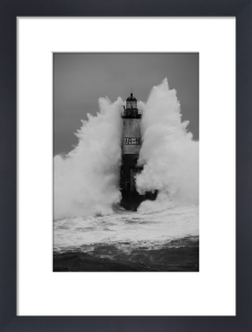 Phare d'Armen - Wave II by Jean Guichard