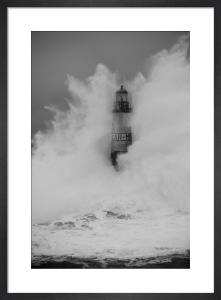 Phare d'Armen - Wave IV by Jean Guichard