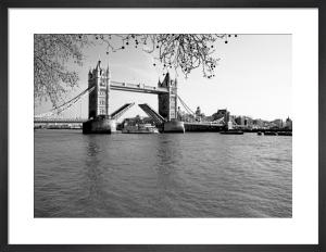 Tower Bridge opening by Niki Gorick