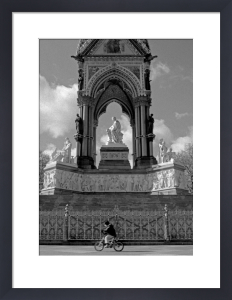 Pedal power, Albert Memorial by Niki Gorick
