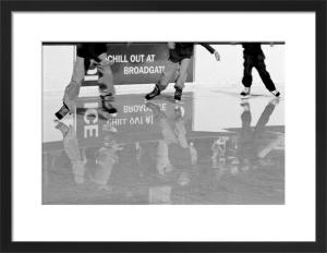 Lunchtime skate, City of London by Niki Gorick