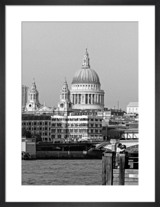 City romance, St. Paul's Cathedral by Niki Gorick