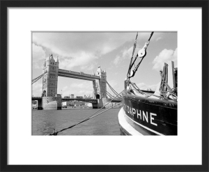 Tower Bridge mooring by Niki Gorick