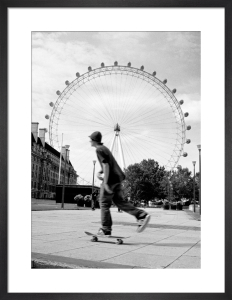 London Eye skater by Niki Gorick