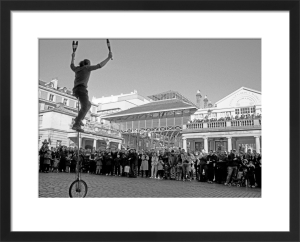 Balancing act, Covent Garden by Niki Gorick