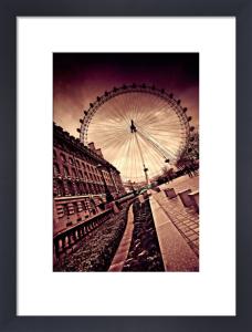 London Eye by Marcin Stawiarz