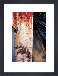 V Gallery C by Linda Lauby
