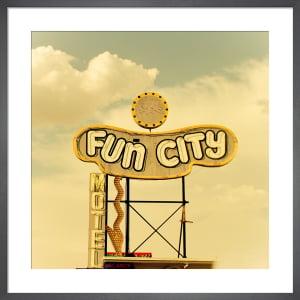 Las Vegas - Fun City Motel by Keri Bevan