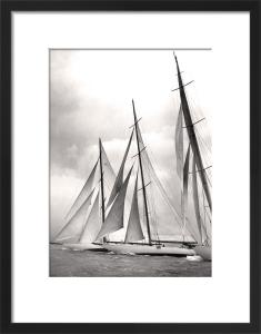 Ocean racing by Anonymous