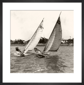 Close dinghy racing in the United States by Anonymous