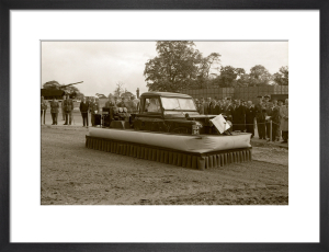 Land Rover hovercraft by Anonymous
