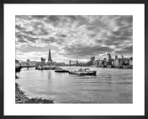 Thames Skyline by Assaf Frank