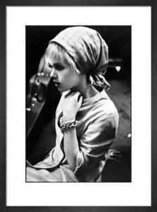 Edie Sedgwick with scarf by Nat Finkelstein