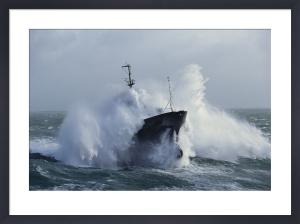 Tugboat Abeille Flandre by Jean Guichard
