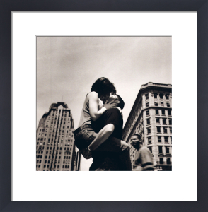 The Kiss, NYC by Matthew Alan