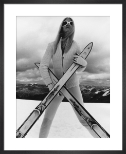 Vogue November 1966 by Eugene Vernier