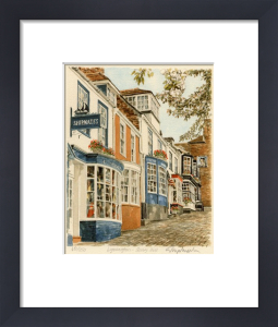 Lymington - Quay Hill by Glyn Martin